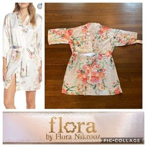 Flora Nikrooz